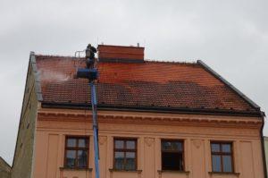Čistenie strechy