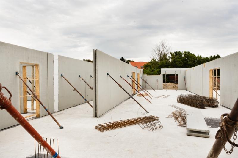Prefabrikované stenové prvky